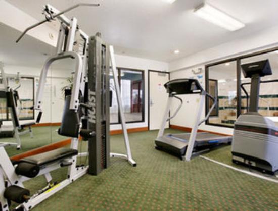 Ramada Portland East : Fitness Room