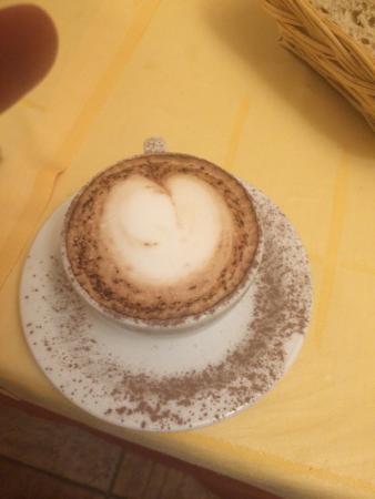 Residenza Santa Maria: Perfect cappuccino every morning!