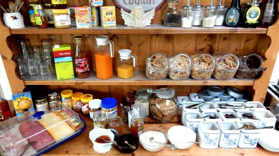 Le Coquin B&B: Breakfast