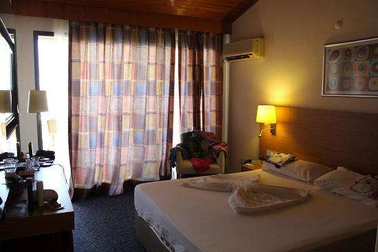 Grand Efe Hotel: Camera ultimo piano