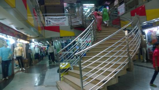 Thakkar Shopping Mall