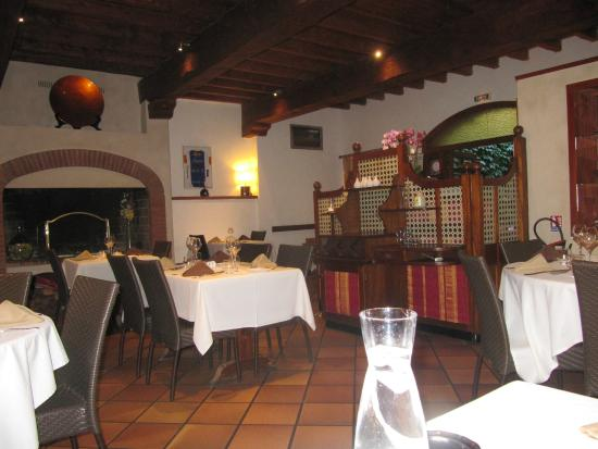 Patio Catalan: salle du restaurant