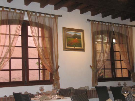 Thuir, Francia: salle du restaurant