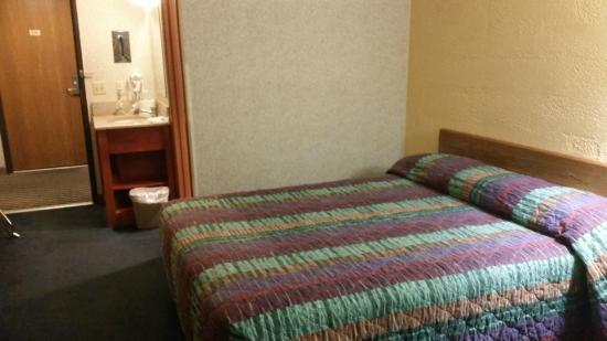Motel 6 Moline: Guest Room