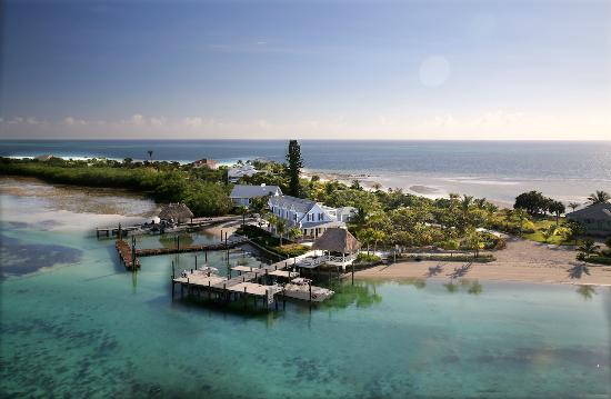 Deep Water Cay: Aerial view