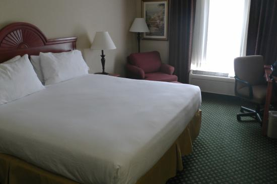 Holiday Inn Express Windsor - Sonoma County: Bett