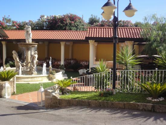 Hotel Il Castello: Jardin