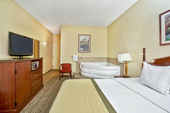 Business Center Picture Of Baymont Inn Amp Suites