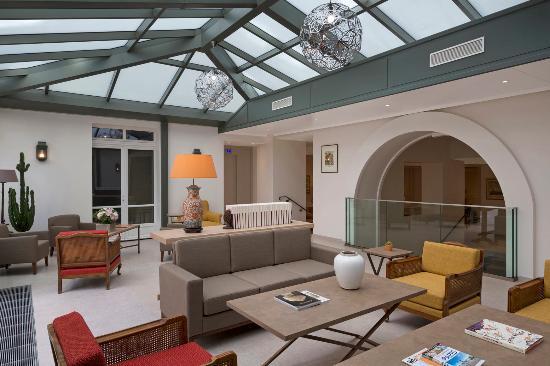 Photo of Hotel Le Littre Paris