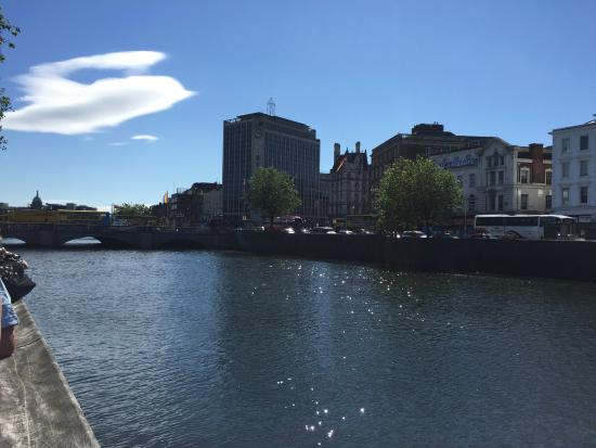 Dublin Discovered Boat Tours: River Liffey