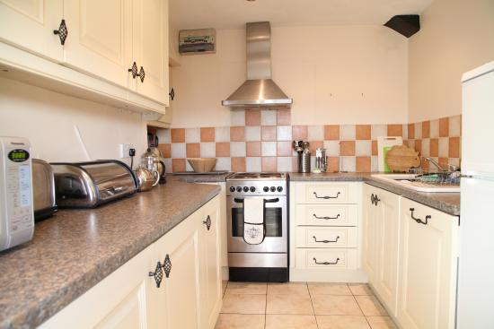 East Byermoor Guest House : Fellstone Cottage Kitchen