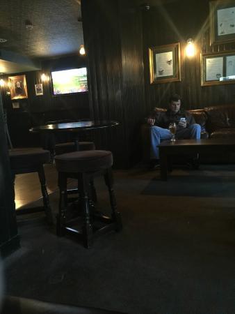 Holiday Inn Aberdeen West: Scots Corner Public Bar