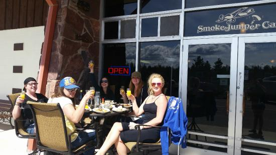 The Smokejumper Cafe: Outdoor Dinning