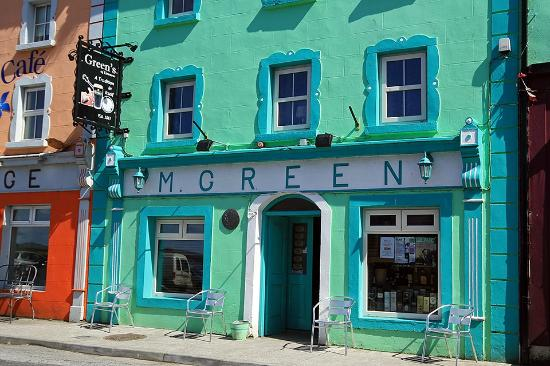 Exterior of Green's Bar, Kinvara