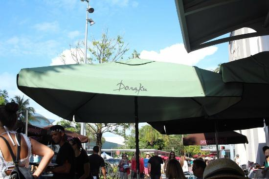 Doraku Sushi: Nice outdoor seating and patio