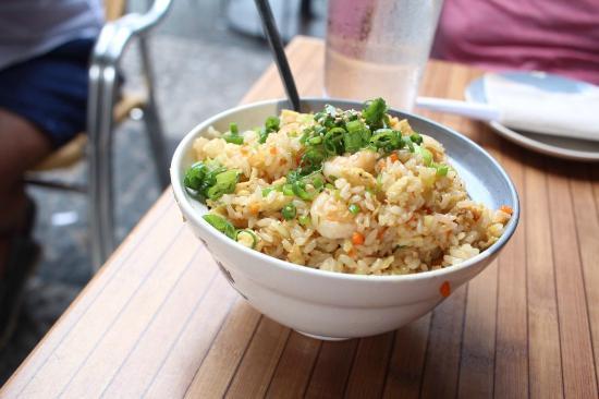 Doraku Sushi: Shrimp fried rice