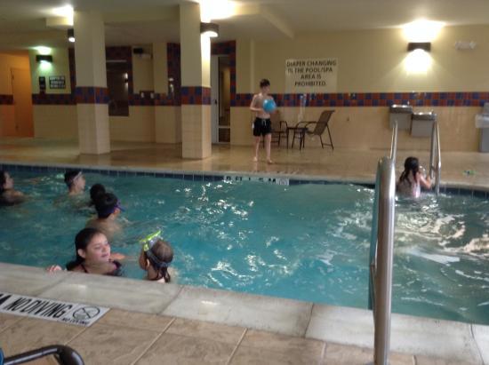Hampton Inn & Suites Fort Worth-West/I-30: really nice pool