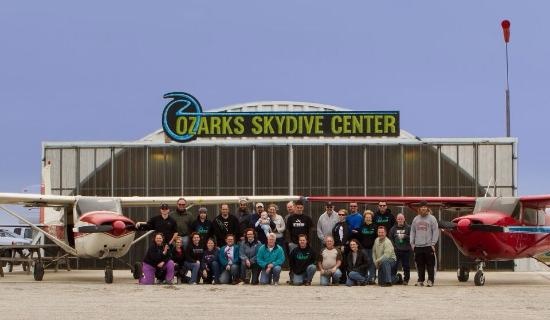 ‪Ozarks Skydive Center‬