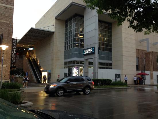 Studio Movie Grill (Houston)   2018 All You Need To Know Before You Go  (with Photos)   TripAdvisor