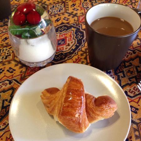 Villa Paganini B&B: Part of my breakfast on the first morning