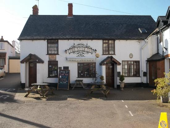 Star Inn: Well worth seeking out for food and drink when you are in Watchet.