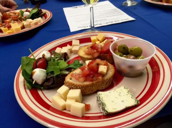 West Cape May, NJ: Flight of Cheese plate June 2015