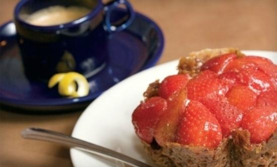 Cafe Eccell : Strawberry Tart