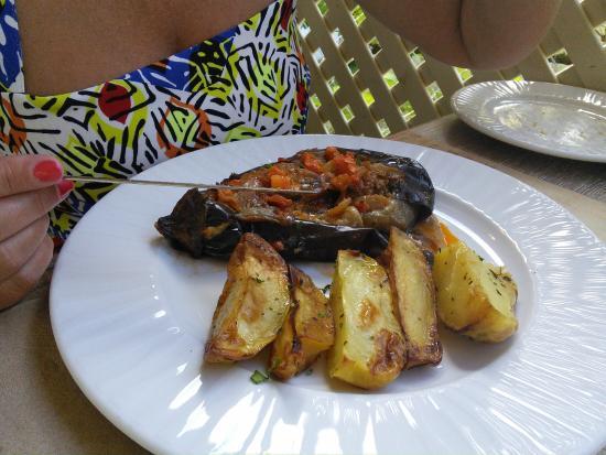 Restaurant NISI Island : Stuffed Aubergine
