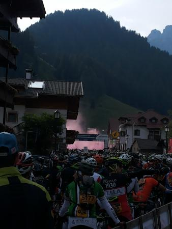 Sella Ronda in MTB: Viaaaaaaaaa