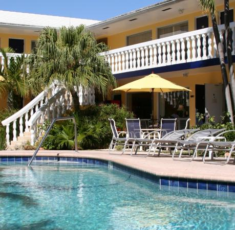 Cheston House Gay Resort: Pool and Patio View