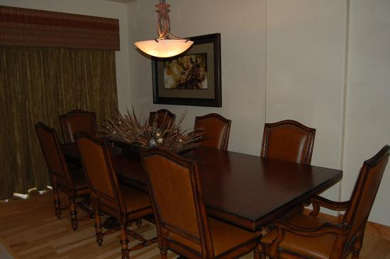 Red Quill Village: Sample dining area photo