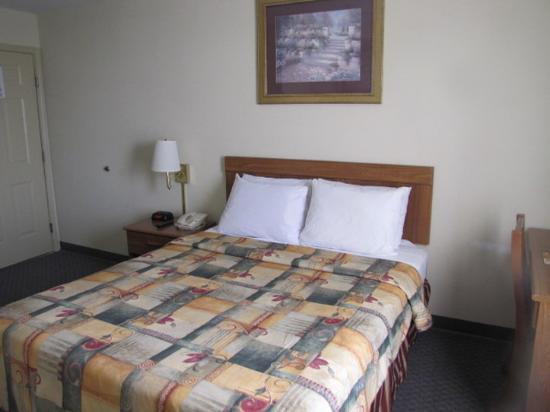 Photo of Castleberry Inn & Suites - GA Dome Atlanta