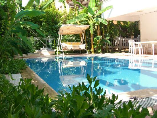 Villa Lia Beach Suites Konyaalti
