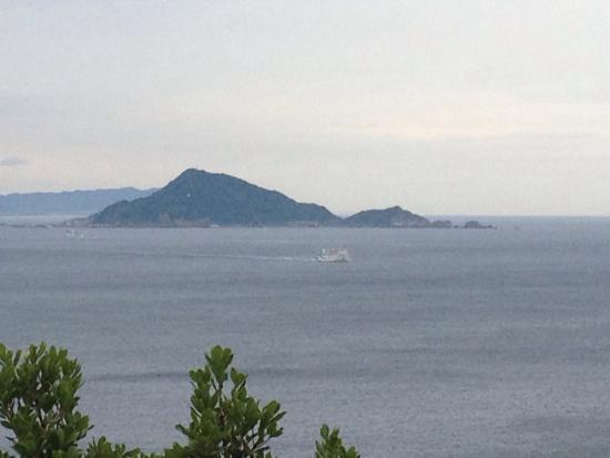 Toshi-jima: 神島遠望