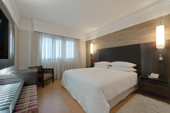 Four Points by Sheraton Curitiba: Deluxe Suite