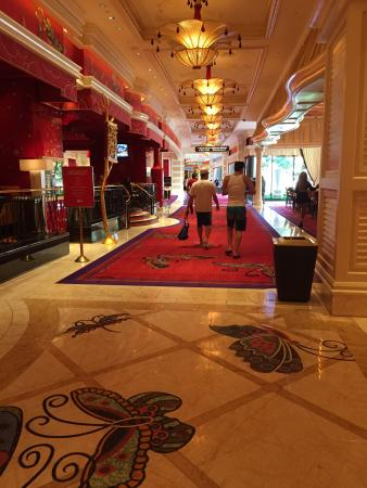 Non topless pool picture of encore at wynn las vegas for Pool trade show las vegas 2015