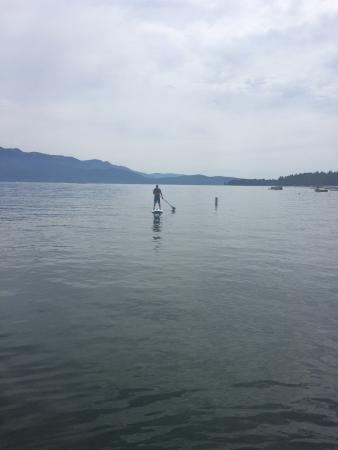 Canyondam, Kalifornia: Paddleboarding just outisde Wilsons Camp Boat Docks