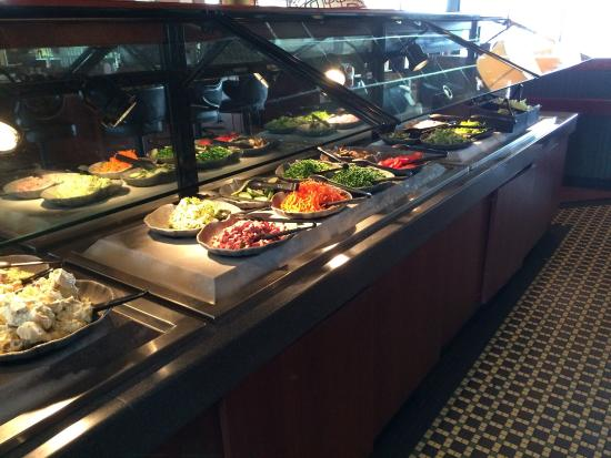 Ruby Tuesday: Great salad bar