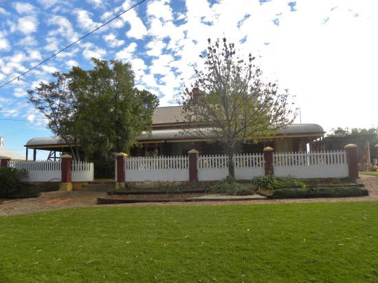 Leonora, Australien: Hoover House