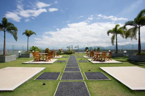 Golden Palace Hotel Lombok: Roof Garden