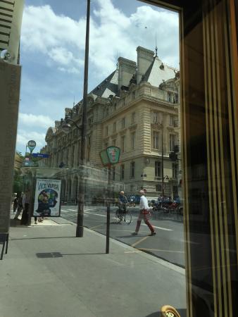 Le Sorbon: Vendo a Sorbonne do restaurante