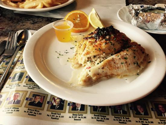 Broadway Diner: Stuffed Flounder; Very good. (Plating has changed, since previous photo)