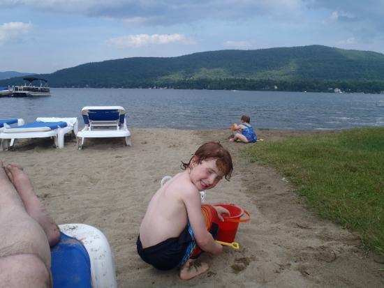 Marine Village Resort : À la plage