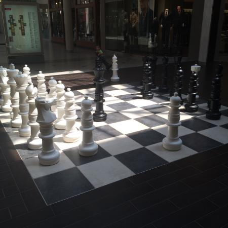 Vancouver Mall: Huge chess board