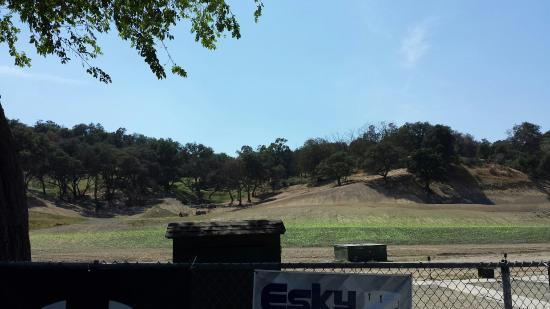 Newhall, CA: Oak Tree Gun Club