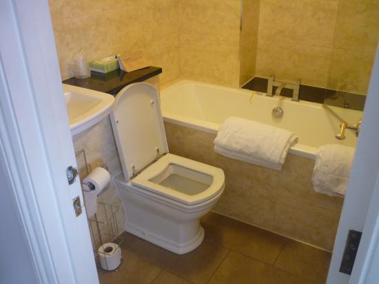 Innkeeper's Lodge London Greenwich: Lovely bathroom