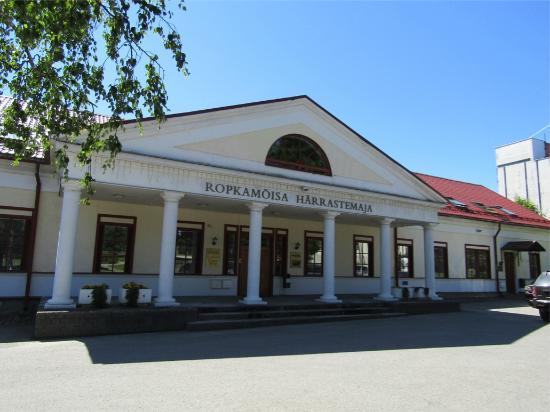 Ropka Manor