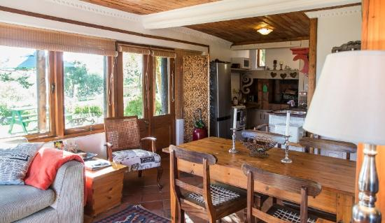 Narnia Farm Guest House: cottage living area