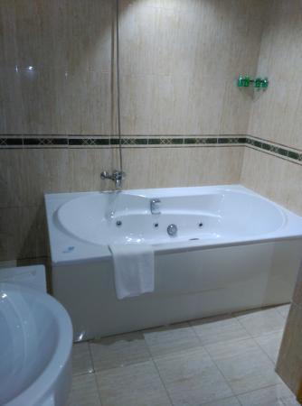 San Ciprian de Vinas, İspanya: Bañera Hidromasaje