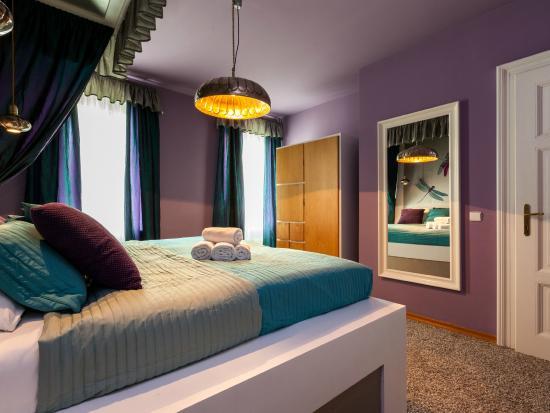 Lovely Prague Apartments: Bedroom